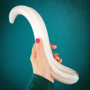 Fucking Sculptures G-Spoon glass dildo (large)